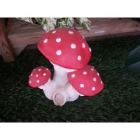 Cogumelos triplos grandes